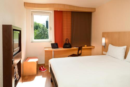 ibis Nogent Sur Marne : Hotel near Noisy-le-Grand