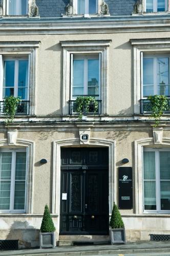 Hôtel Particulier - La Chamoiserie : Hotel near Coulon