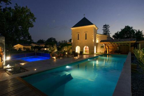 Domaine de Larchey : Hotel near Saint-Médard-d'Eyrans