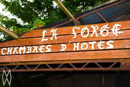 La Forge : Bed and Breakfast near Saint-Tricat