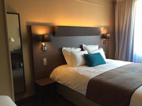 Moka Hotel : Hotel near Niort