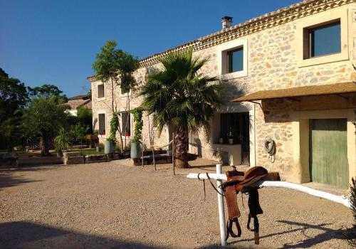 Le Mas Des Brune : Bed and Breakfast near Lunel