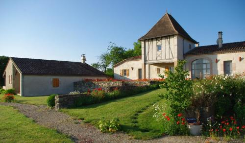 Le Hameau des Coquelicots : Guest accommodation near Casteljaloux