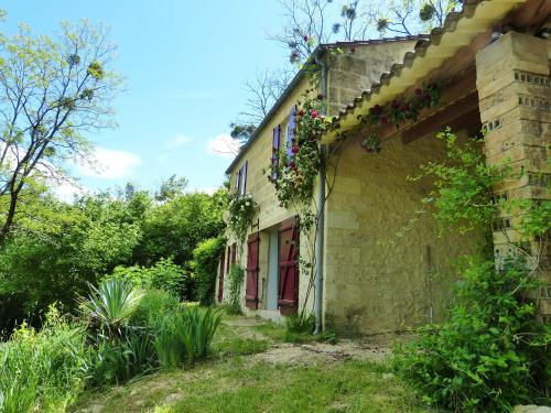 Piqueroque Gite : Guest accommodation near Lamothe-Montravel