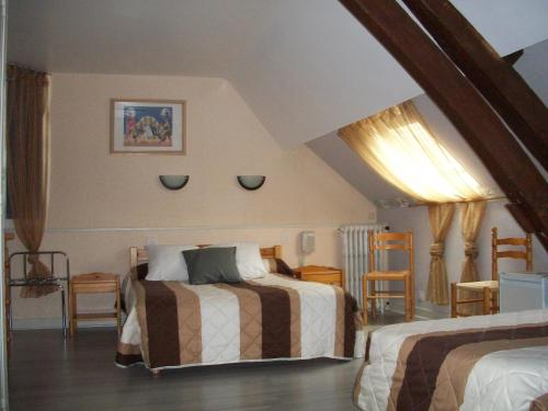 Hôtel Du Cygne : Hotel near Fontenay-sous-Fouronnes