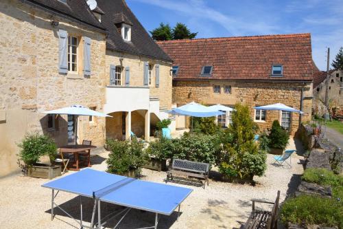 Le Bonheur dans notre Pré : Guest accommodation near Calviac-en-Périgord
