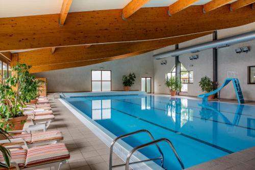 Best Western Le Relais de Laguiole : Hotel near Espinasse