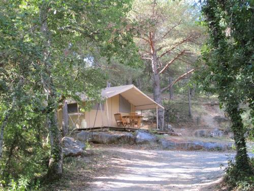 Camping la Grangeonne : Guest accommodation near Esparron-de-Verdon