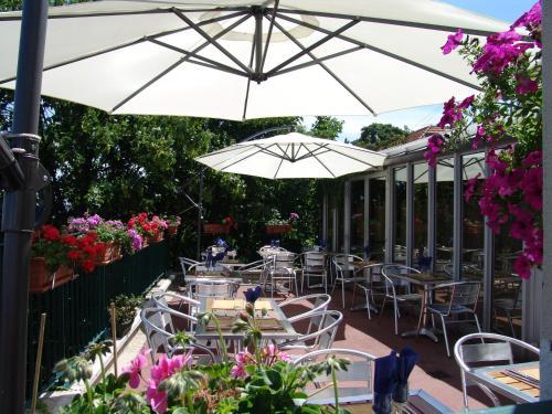 Comfort Hotel Paris Porte d'Ivry : Hotel near Alfortville