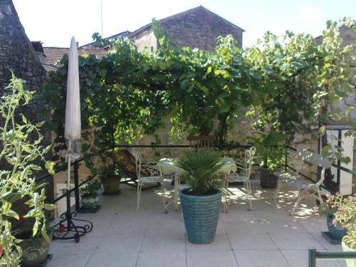 La Terrasse De Montmartre : Guest accommodation near Marnac