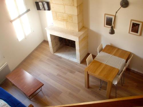 Appartement Saint Emilion : Apartment near Branne