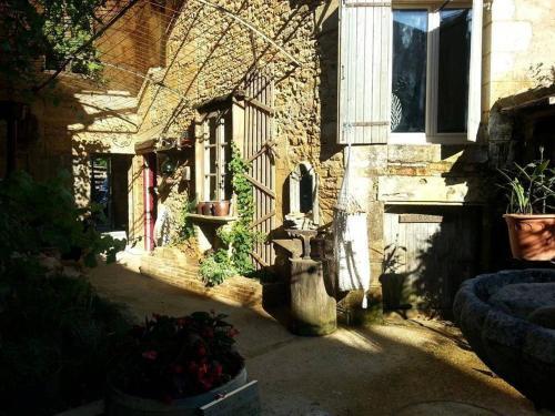 Le Clos Mandalou : Bed and Breakfast near Daglan