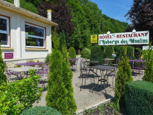 Auberge des Moulins : Hotel near Hyèvre-Paroisse