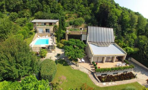 La Villa du Rhône : Bed and Breakfast near Rillieux-la-Pape
