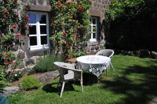 Le Potala : Bed and Breakfast near Saint-Christophe-d'Allier