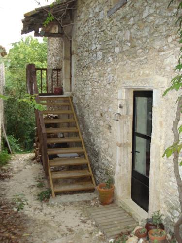 L'ostalet de la Blanchisserie : Guest accommodation near Cornillon