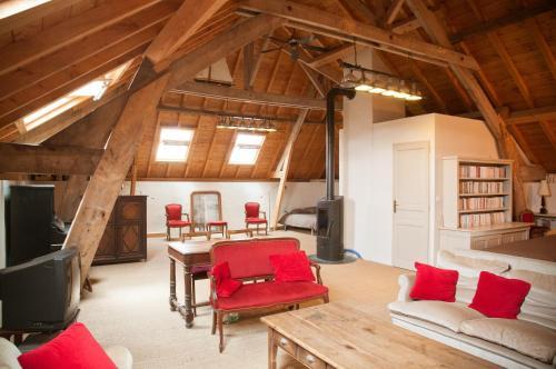 Chambre d'Hôtes des Grands Moulins de Baugé : Bed and Breakfast near Cuon