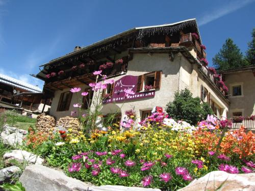 La Baïta Du Loup : Hotel near Ceillac