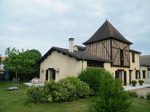 Les Sureaux : Bed and Breakfast near Ménesplet