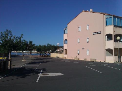 Appartement à Port-La-Nouvelle : Apartment near Sigean