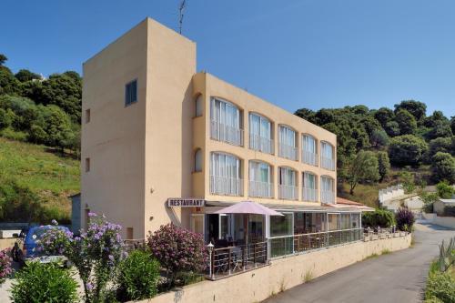 Hotel Alata : Hotel near Alata
