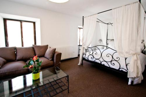 Chambre Le Hupsa Pfannala : Bed and Breakfast near Orschwiller