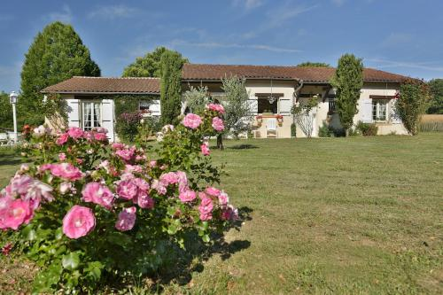 L'Ariade : Guest accommodation near Vergt-de-Biron