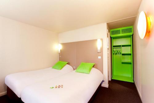 Campanile Lens : Hotel near Méricourt