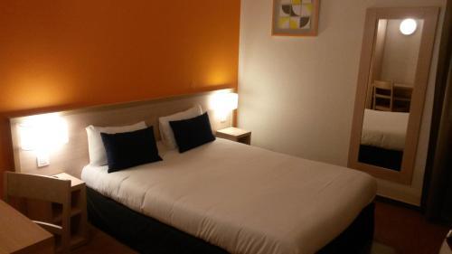 Budget Hotel - Melun Sud Dammarie Les Lys : Hotel near Lissy