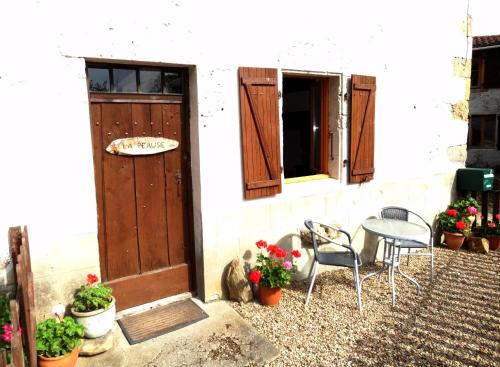 Maison La Peruse : Guest accommodation near Saulgond