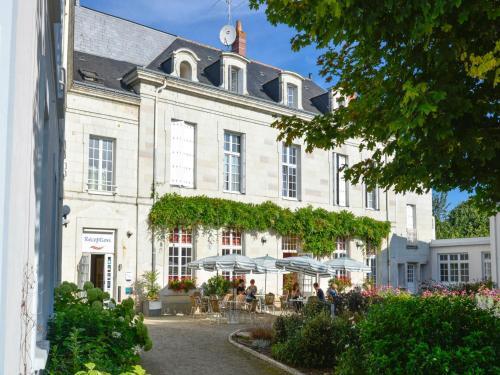 Logis Domaine De La Blairie : Hotel near Longué-Jumelles