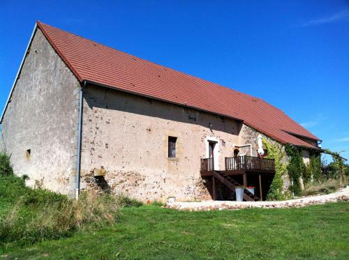 Domaine de La Madeleine : Bed and Breakfast near Bourbon-l'Archambault