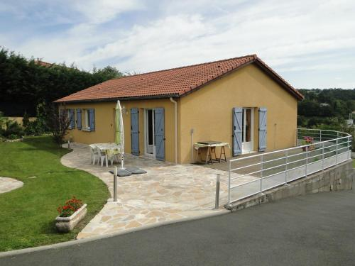 La Maison Provençale : Guest accommodation near Saint-Paul-en-Cornillon