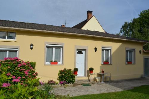 L'Araucaria : Guest accommodation near Roissy-en-Brie
