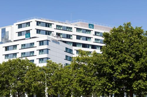 AC Hotel Paris Porte Maillot by Marriott : Hotel near Neuilly-sur-Seine