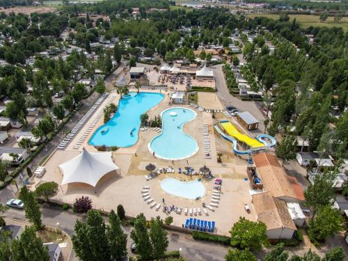 Camping La Carabasse : Guest accommodation near Vias