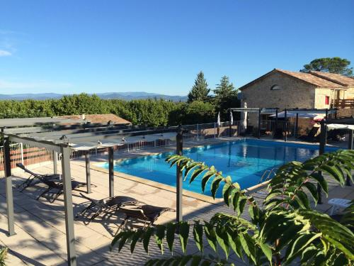 Mont Bouquet Lodge/Residence Hoteliere : Guest accommodation near Allègre-les-Fumades
