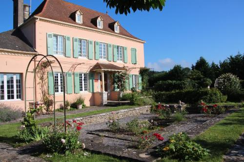 La Maison de Navarre : Bed and Breakfast near Autevielle-Saint-Martin-Bideren