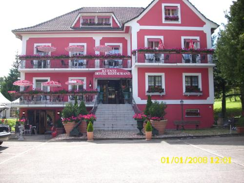 Hôtel Restaurant Kuentz : Hotel near Jettingen