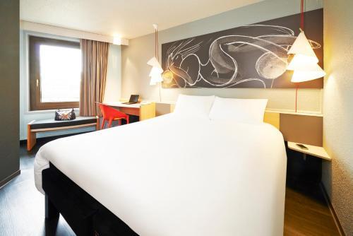 ibis Strasbourg Centre Historique : Hotel near Eckbolsheim
