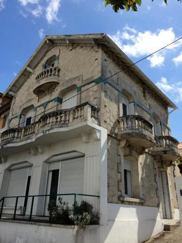 Hôtel Le Sympatic : Hotel near Médis