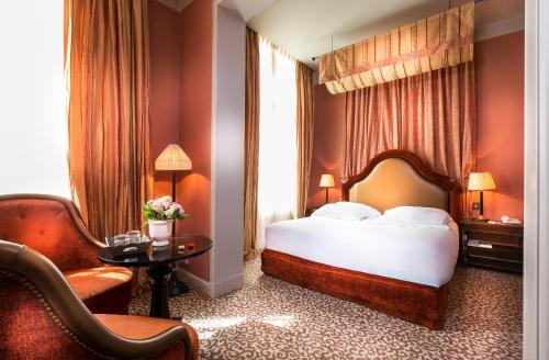 Hotel Odeon Saint-Germain : Hotel near Paris 6e Arrondissement