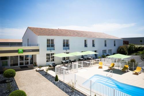 ibis Styles Marennes d'Oléron : Hotel near Hiers-Brouage