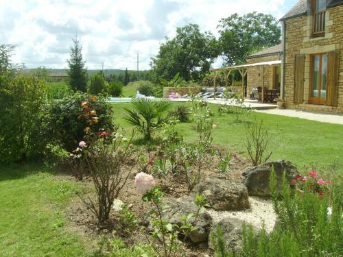 Maison Le Claud de Séchebelle : Guest accommodation near Vitrac