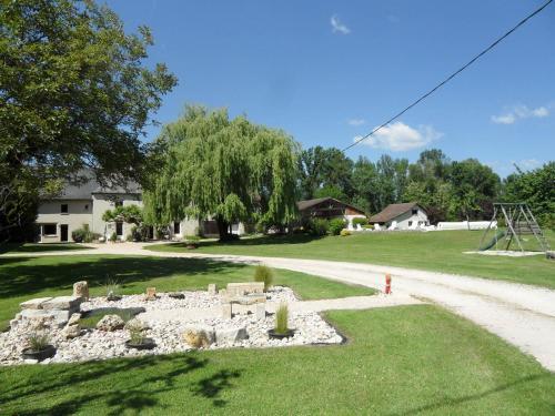 Domaine des Escouanes : Guest accommodation near Belmont-Bretenoux