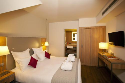 Residhome Roissy Park : Guest accommodation near Le Thillay