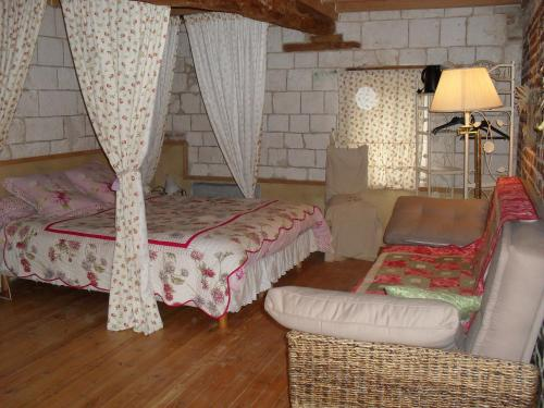 Ferme de Sainte Austreberthe : Bed and Breakfast near Marenla
