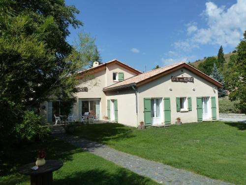 Gite des Monges : Guest accommodation near Thoard