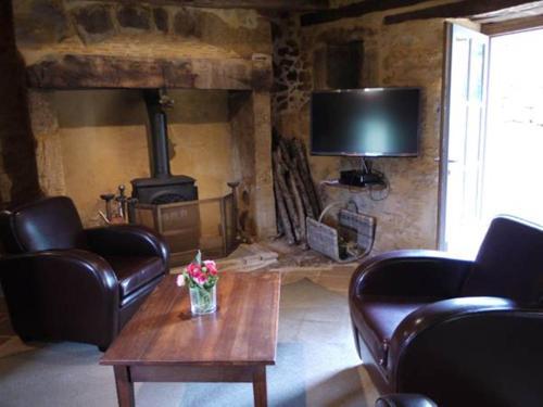 Les Maisons Linol : Guest accommodation near Beynac-et-Cazenac