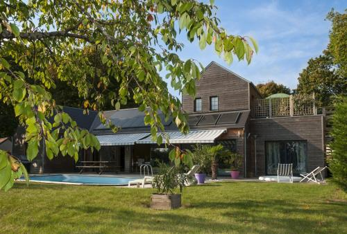 Chambre d'Hôtes Le Lagon : Bed and Breakfast near Vienne-en-Val